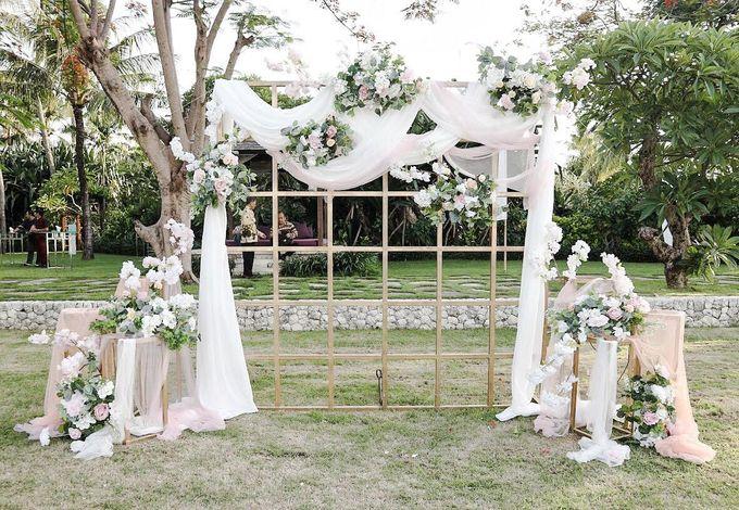 William & Evelin Wedding by Holiday Inn Resort Baruna Bali - 002