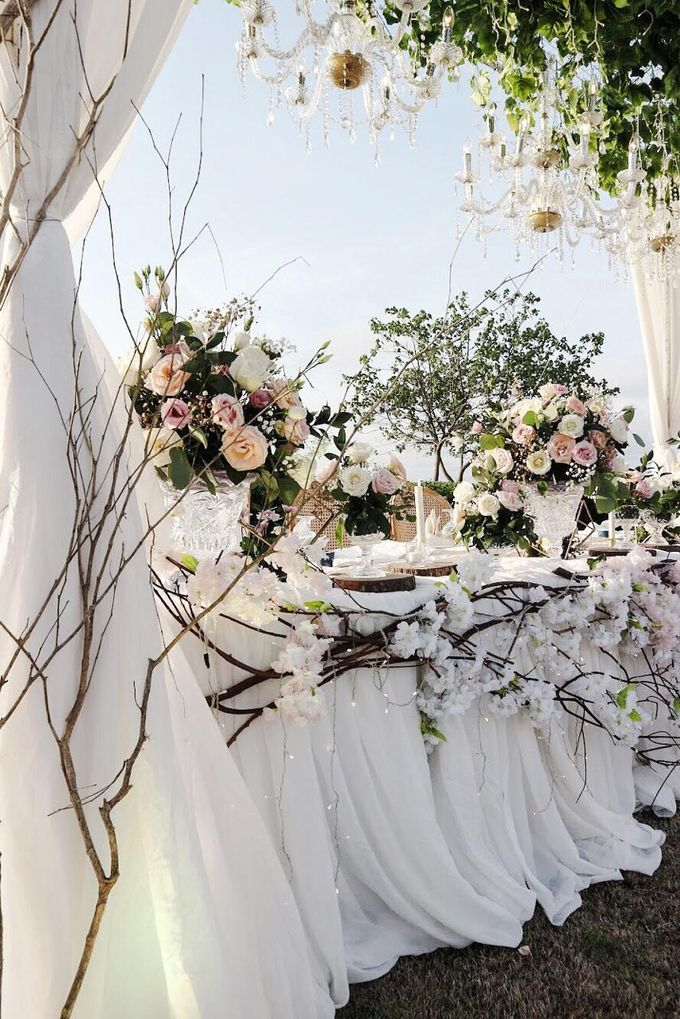 William & Evelin Wedding by Holiday Inn Resort Baruna Bali - 009