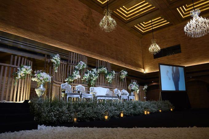 DIMAS & PUTRI WEDDING by United Grand Hall - 042
