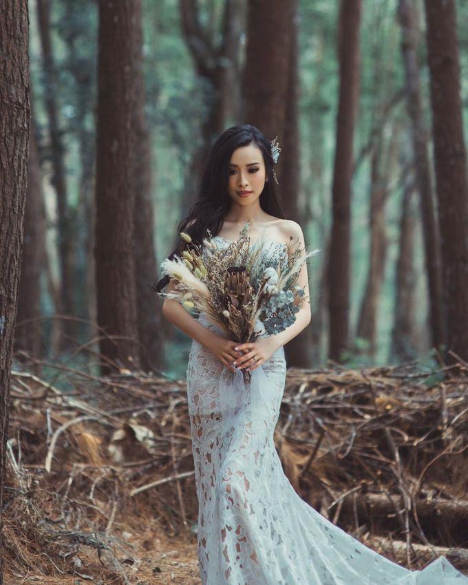 Dried Bouquet Wedding by Magnolia Dried Flower - 017