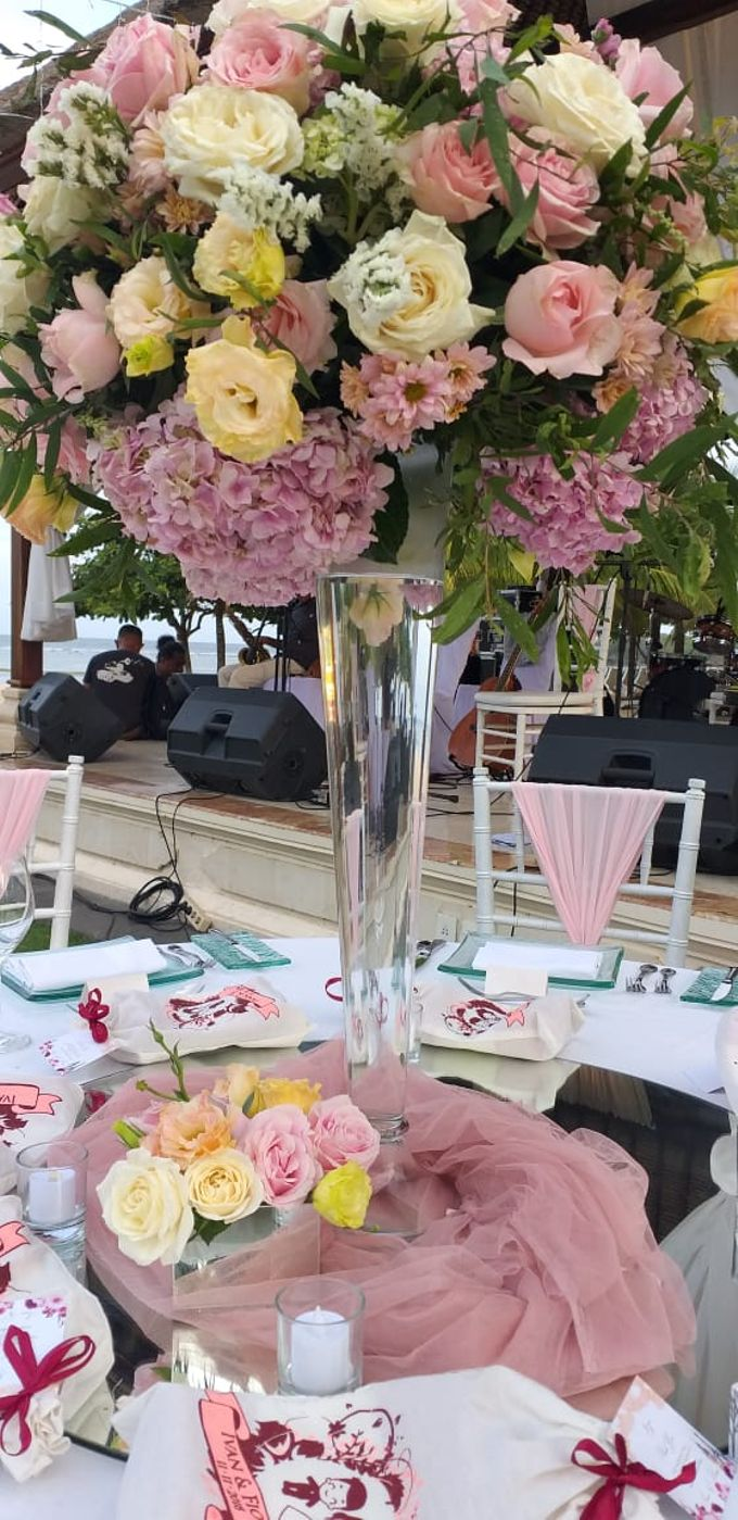 Ivan & Fiona Wedding at Nusa Dua Bali by Catalina Flora - 007