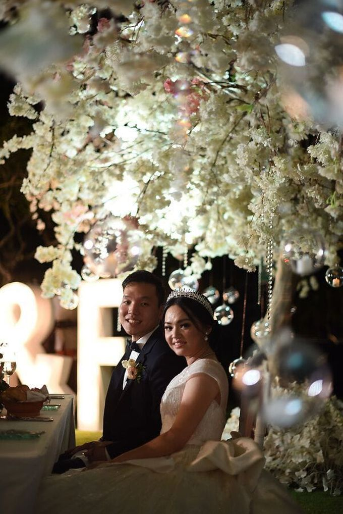 Ivan & Fiona Wedding at Nusa Dua Bali by Catalina Flora - 001