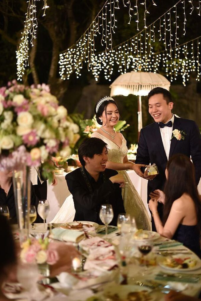Ivan & Fiona Wedding at Nusa Dua Bali by Catalina Flora - 013
