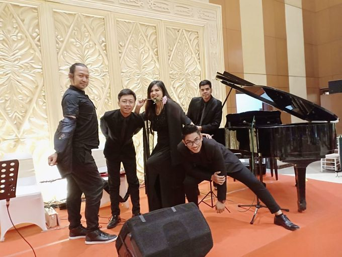 MINI CHAMBERS MUSIC PERFOMANCE by Dwi Tunggal Citra Catering - 001