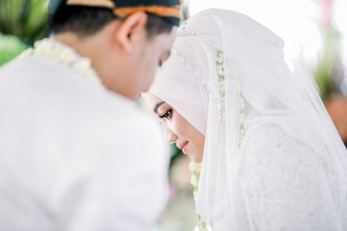 The Wedding Of Tommy & Intan by LAKSMI - Kebaya Muslimah & Islamic Bride - 001