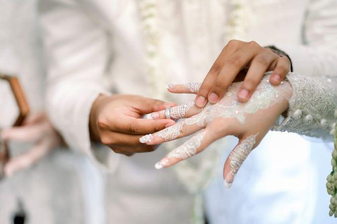 The Wedding Of Tommy & Intan by LAKSMI - Kebaya Muslimah & Islamic Bride - 003