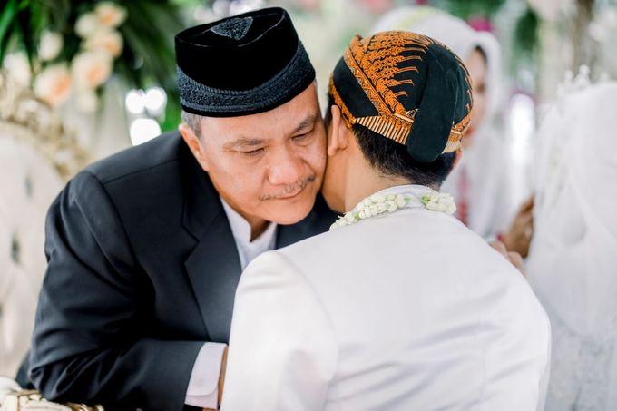 The Wedding Of Tommy & Intan by LAKSMI - Kebaya Muslimah & Islamic Bride - 009