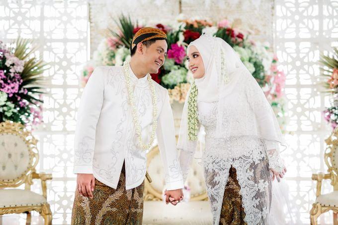 The Wedding Of Tommy & Intan by LAKSMI - Kebaya Muslimah & Islamic Bride - 013