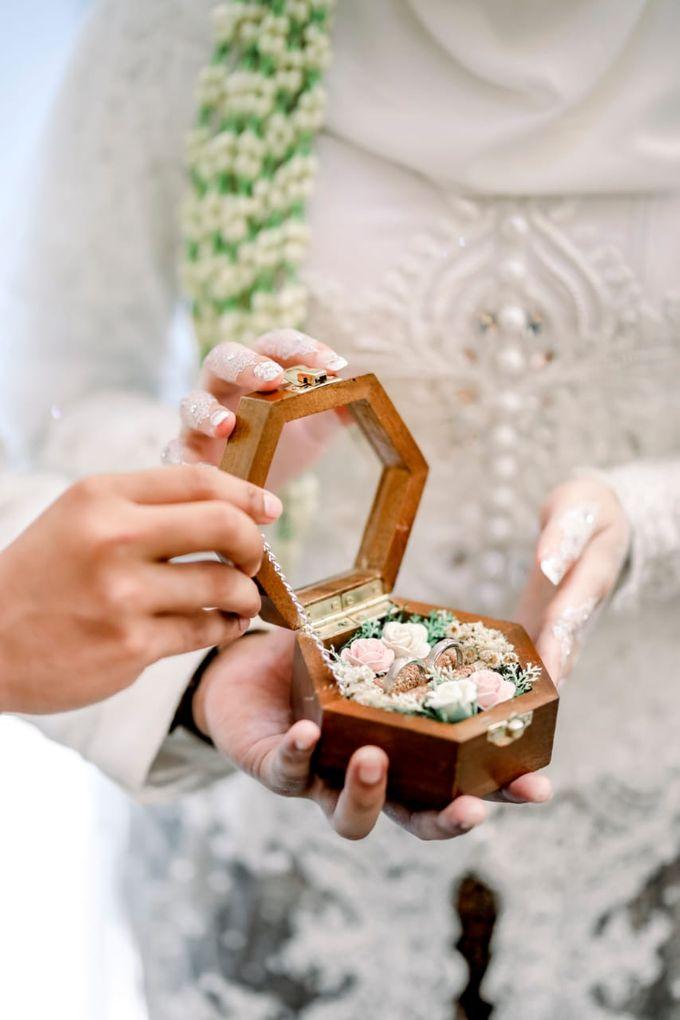 The Wedding Of Tommy & Intan by LAKSMI - Kebaya Muslimah & Islamic Bride - 014