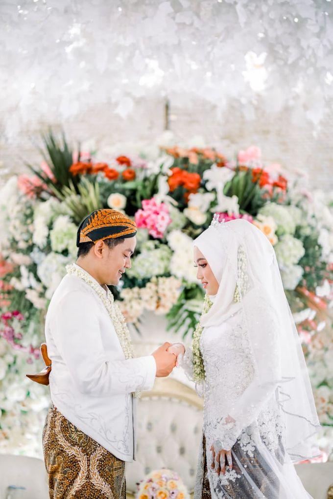 The Wedding Of Tommy & Intan by LAKSMI - Kebaya Muslimah & Islamic Bride - 017