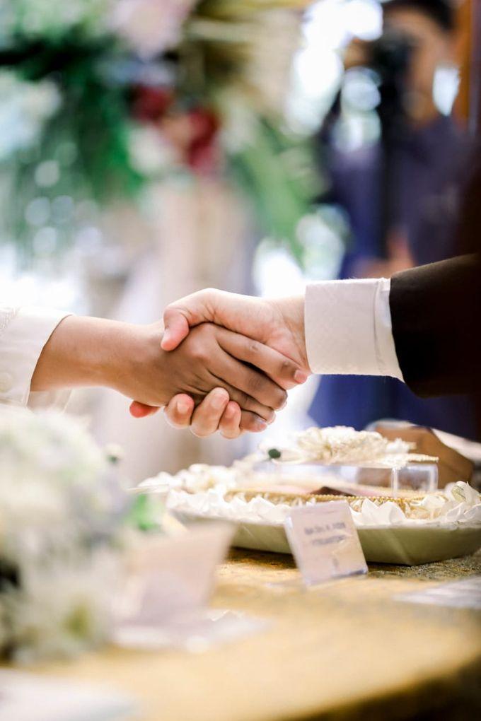 The Wedding Of Tommy & Intan by LAKSMI - Kebaya Muslimah & Islamic Bride - 006