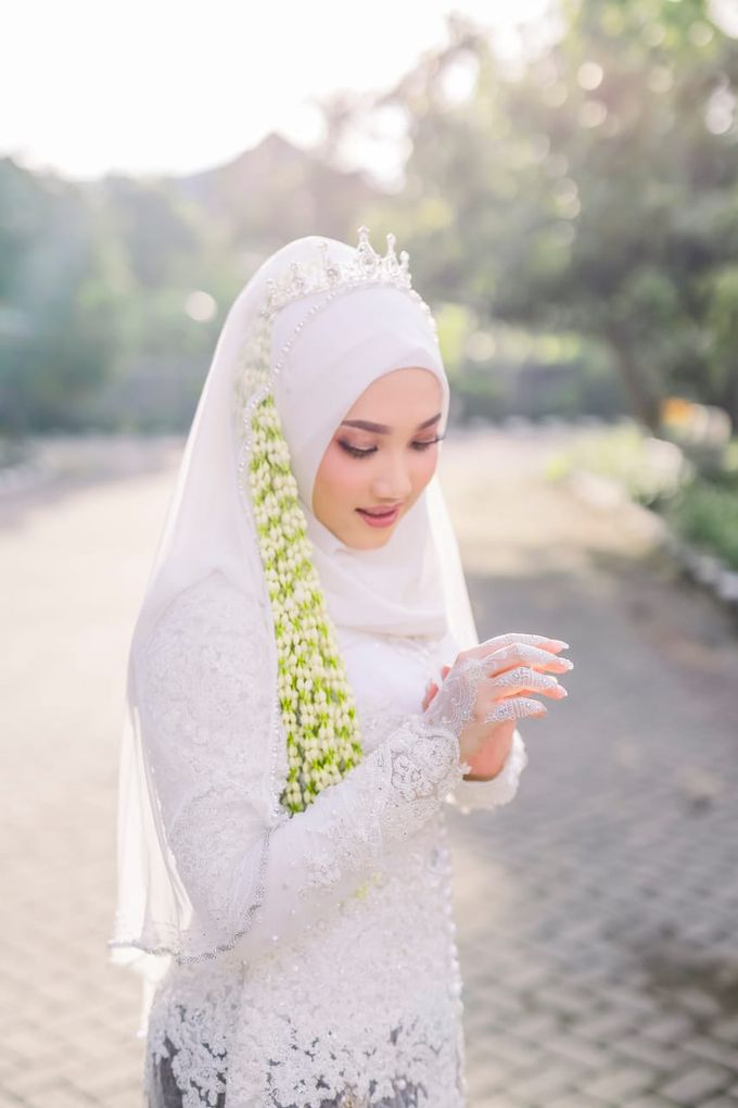The Wedding Of Tommy & Intan by LAKSMI - Kebaya Muslimah & Islamic Bride - 007