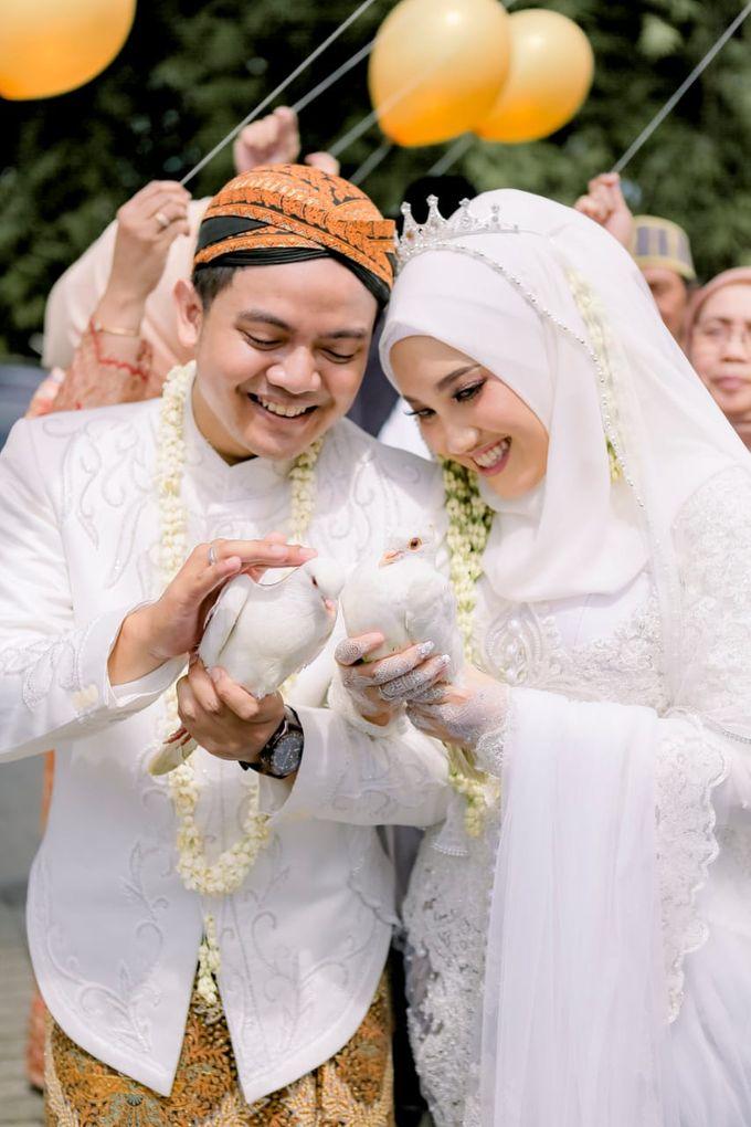 The Wedding Of Tommy & Intan by LAKSMI - Kebaya Muslimah & Islamic Bride - 010