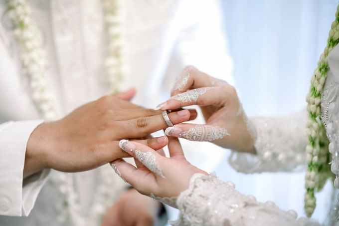 The Wedding Of Tommy & Intan by LAKSMI - Kebaya Muslimah & Islamic Bride - 008