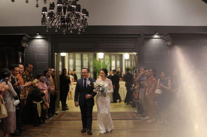 28.07.18 - The Wedding Of Albertus & Christin by Sugarbee Wedding Organizer - 005