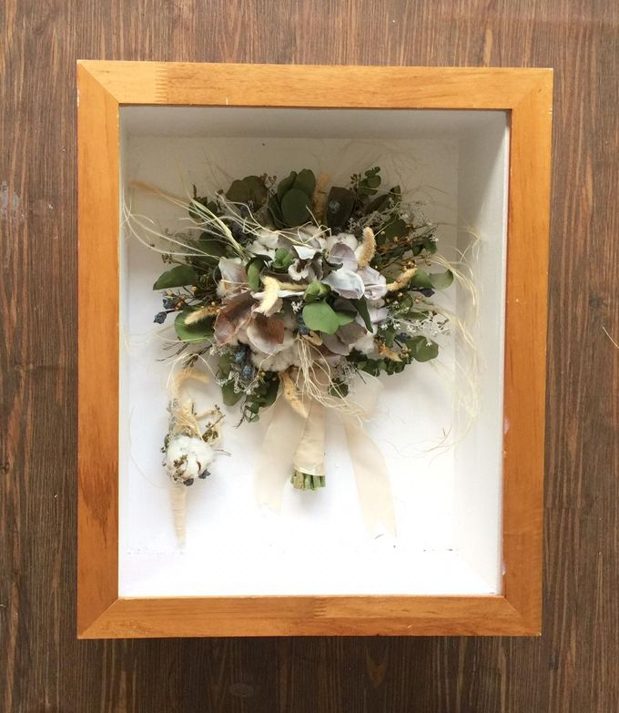 The Bouquet 40x50 by Magnolia Dried Flower - 005