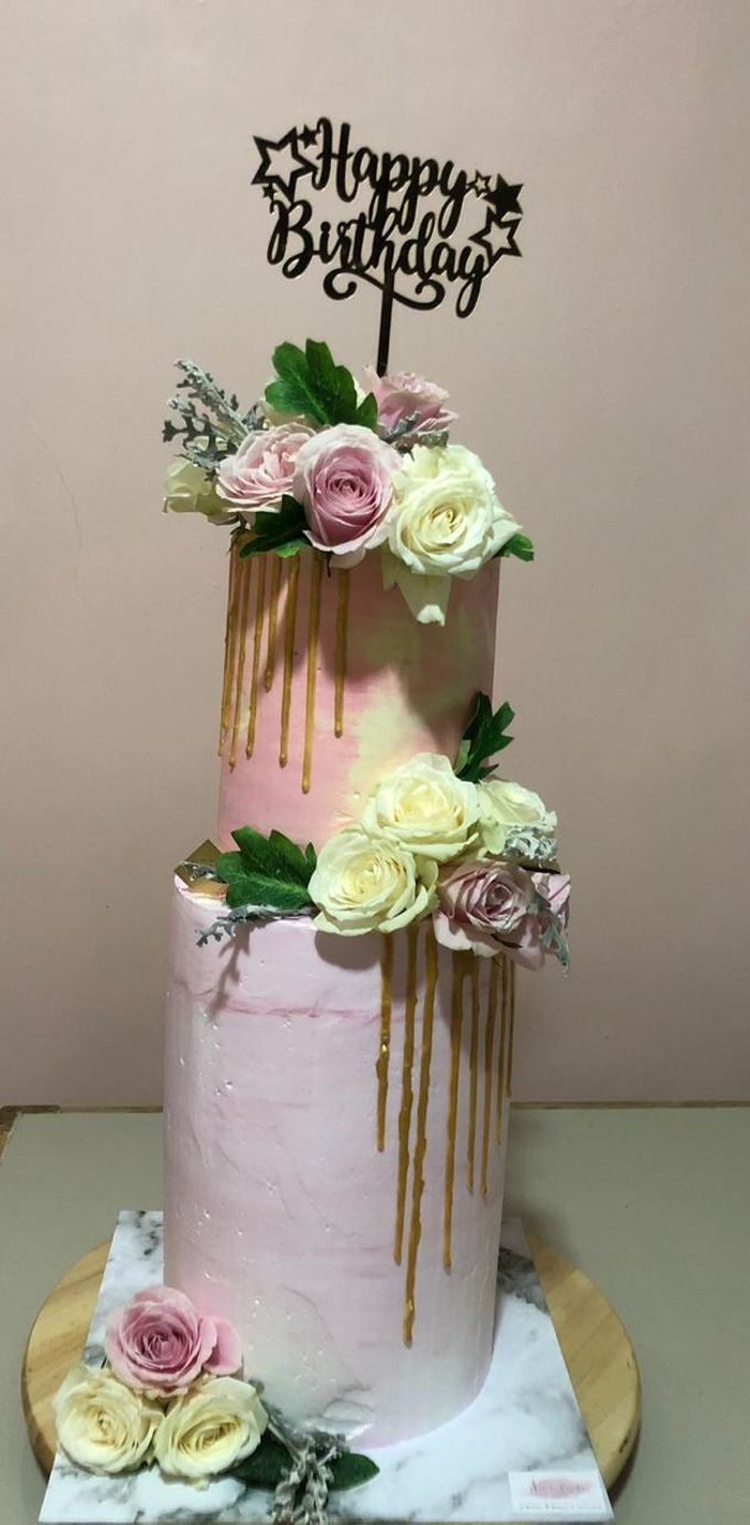Tiers Cake by FIOR FIORE Patisserie - 002