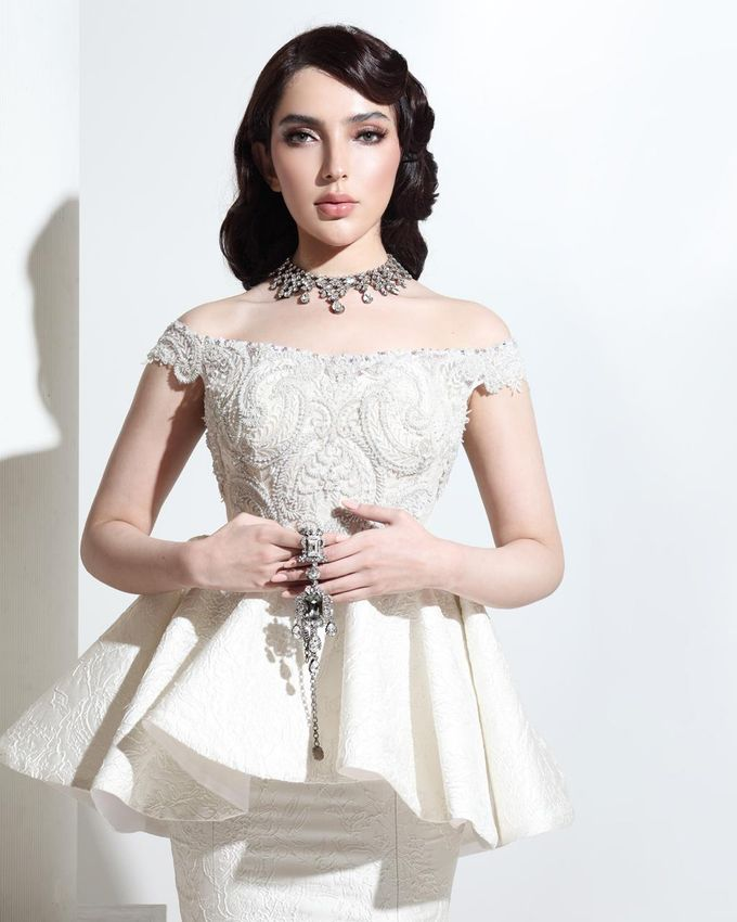 New Collection Gaun & Busana Pengantin by Hengki Kawilarang Couture - 011