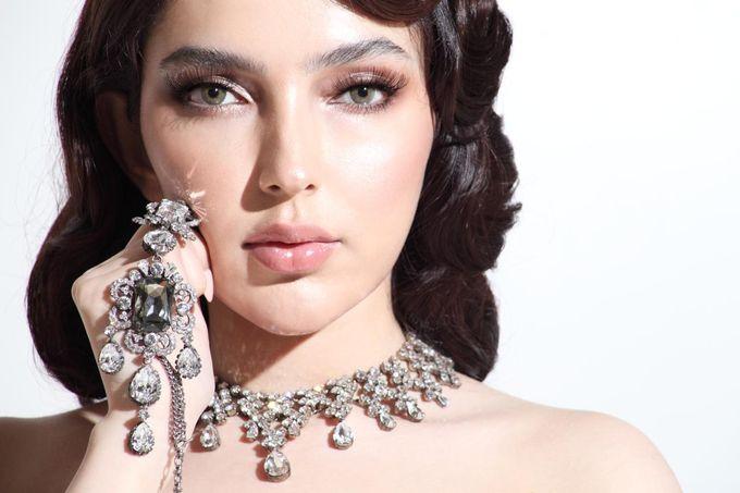 New Collection Gaun & Busana Pengantin by Hengki Kawilarang Couture - 011