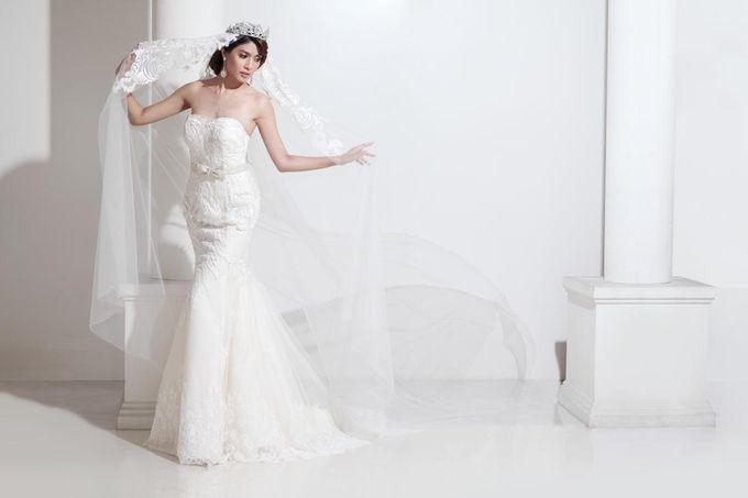 New Collection Gaun & Busana Pengantin by Hengki Kawilarang Couture - 002