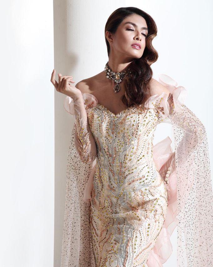 New Collection Gaun & Busana Pengantin by Hengki Kawilarang Couture - 006