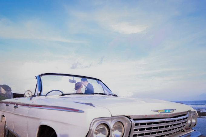 White Classic Car by Bali Classic Community - 006