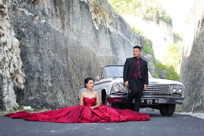 White Classic Car by Bali Classic Community - 014