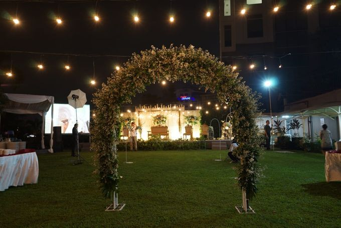 Ghea & Ghinting by The Sasongko wedding planner & organizer - 001