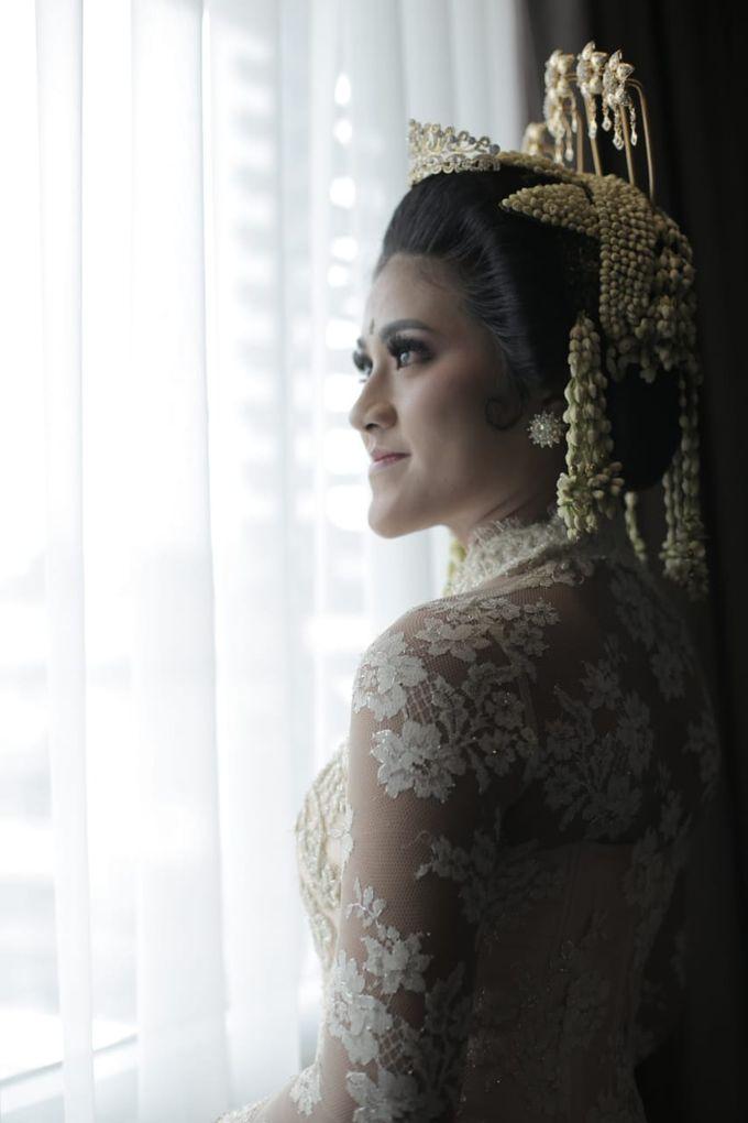 Sunda Siger by Arum Ndalu Sanggar Rias Pengantin - 001