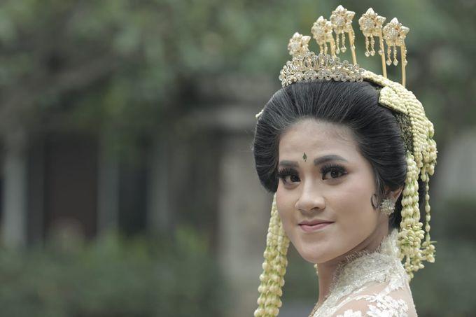 Sunda Siger by Arum Ndalu Sanggar Rias Pengantin - 007