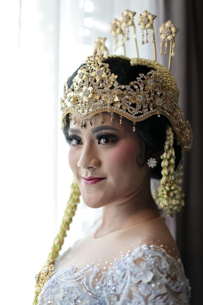 Sunda Siger by Arum Ndalu Sanggar Rias Pengantin - 005