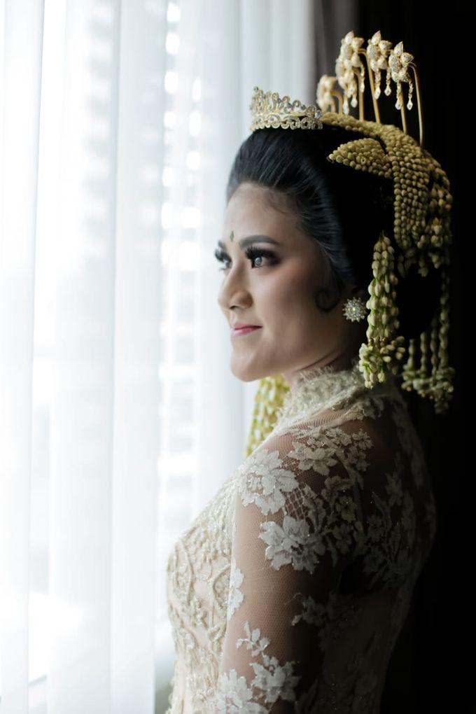 Sunda Siger by Arum Ndalu Sanggar Rias Pengantin - 004