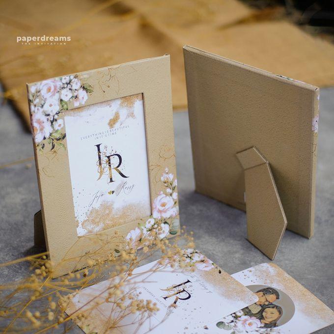 Invitation Mix Photo Frame - JOJO & ROSSY by Jogja Wedding Net - 003