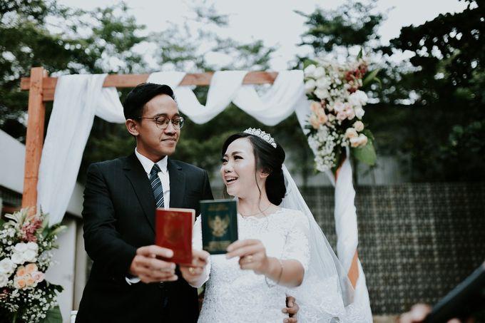 Tri & Rangga's Wedding by akar photography - 006