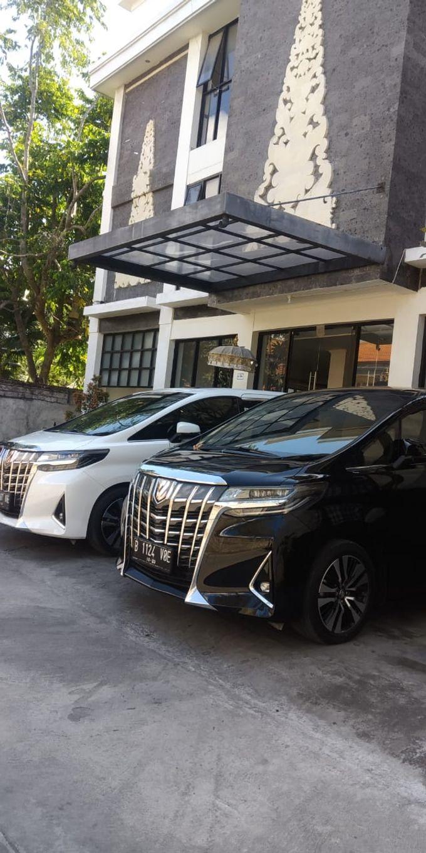 Wedding Car by Bali Alphard Rental - 005