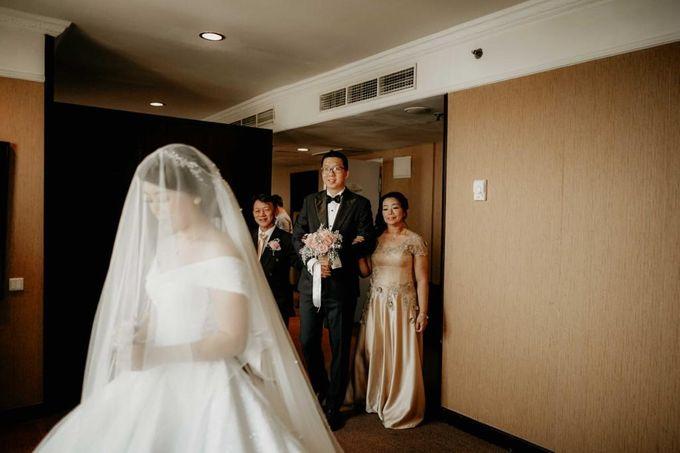 Kevin & Yeyen Wedding by Frisch Florist - 007
