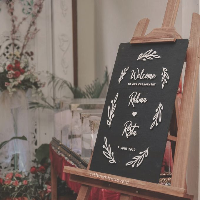 Wedding Sign by The White Dove - 016