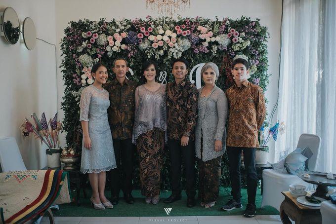 Steffie Putra Engagement by Chandira Wedding Organizer - 010