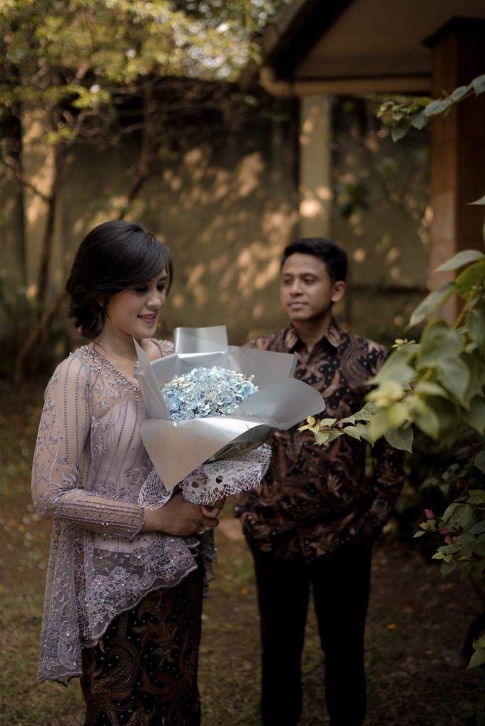 Steffie Putra Engagement by Chandira Wedding Organizer - 003