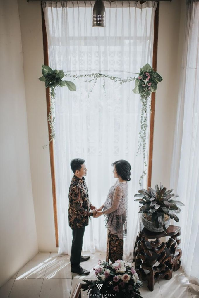 Steffie Putra Engagement by Chandira Wedding Organizer - 012