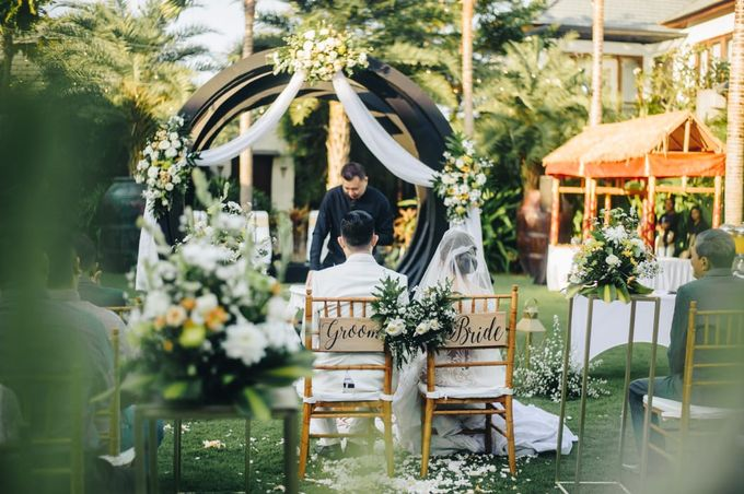 The Wedding of Han & Laura by Miracle Wedding Bali - 004