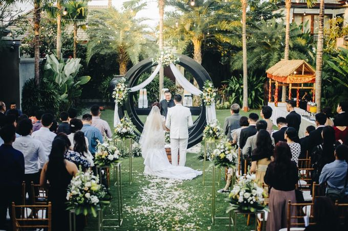 The Wedding of Han & Laura by Miracle Wedding Bali - 007