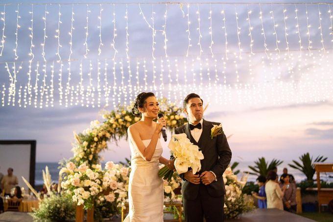Bagoes & Tara Wedding at Villa Vedas Bali by Catalina Flora - 002
