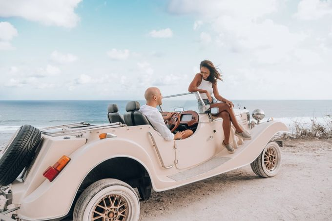 White Classic Car by Bali Classic Community - 016