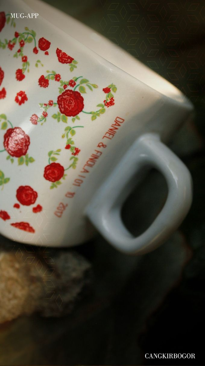 Mug Kotak Full Flowers by Mug-App Wedding Souvenir - 001