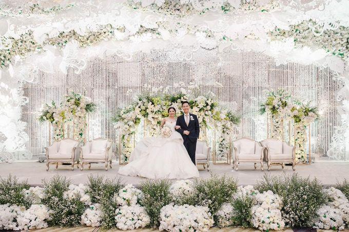 The Wedding of Christ & Eve by Yumi Katsura Signature - 013