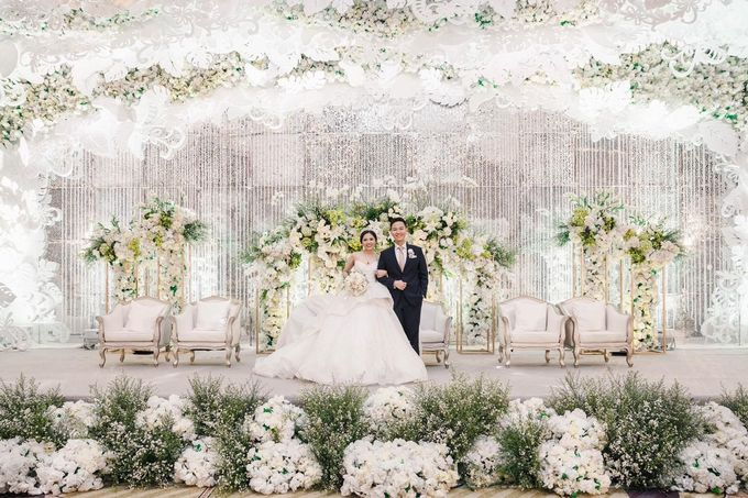 The Wedding of Christ & Eve by Yumi Katsura Signature - 012