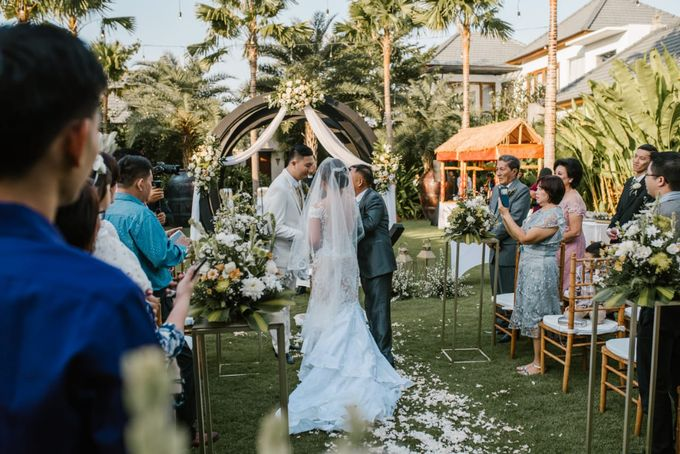 The Wedding of Han & Laura by Miracle Wedding Bali - 035