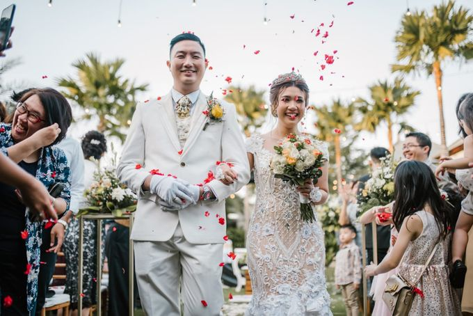 The Wedding of Han & Laura by Miracle Wedding Bali - 040