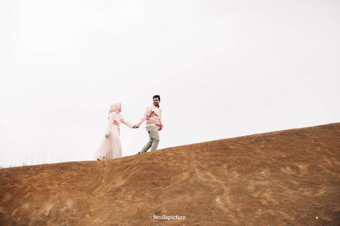 Prewedding Of Intan & Iman by Lengkung Warna - 001